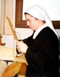 Soeur Marie au tissage