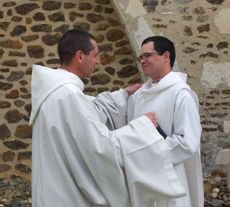 Vet Fr Marie 6