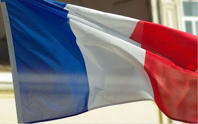 Carmel Verdun drapeau de France